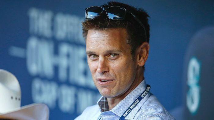 120415-mlb-mariners-jerry-dipoto-pi-ch-vresize-1200-675-high-87